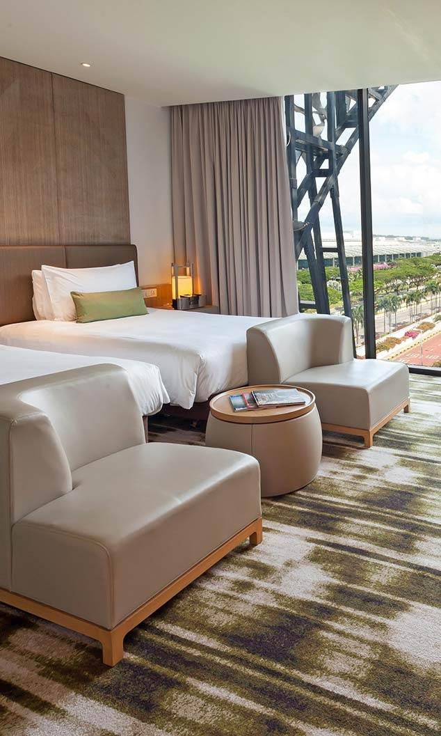 Review: Crowne Plaza Singapore Changi Airport hotel runway